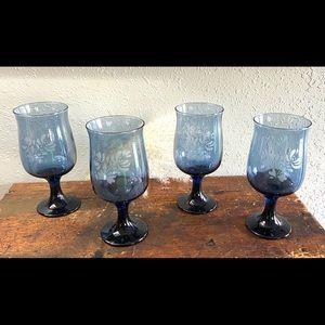 Vintage Pfaltzgraff Yorktowne 4 Water Goblets